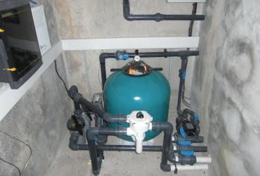 L'entretien ou le remplacement du matériel de piscine