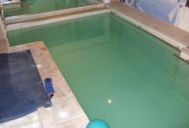 Changement étanchéité polyester sur un bassin de kiné à toulon