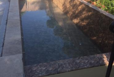 Remplacement carrelage piscine par un liner armé à Toulon var