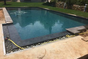 Rénovation d'une piscine carrelée le tholonnet 13