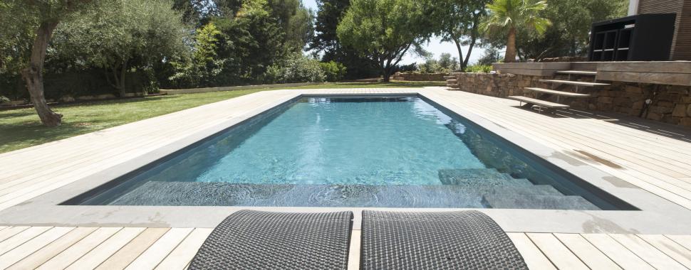 Construction piscine toulon renovation entretien piscine for Prix construction piscine var