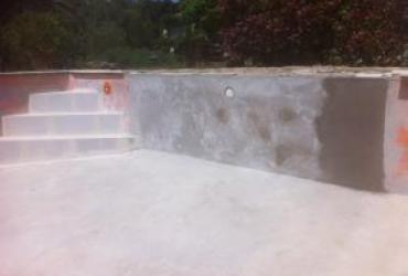 Modification piscine, déplacement de son escalier 3 marches