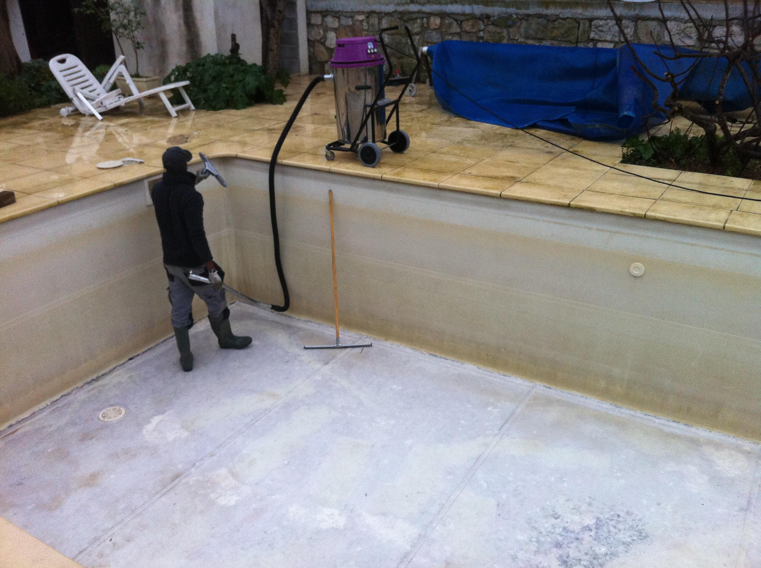 Changer le rev tement d 39 une piscine r novation de for Changer liner piscine waterair