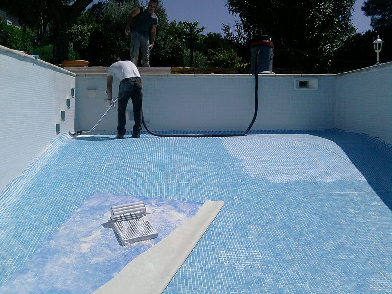 Colle pour carrelage piscine carrelage piscine en emaux for Colle liner pour piscine