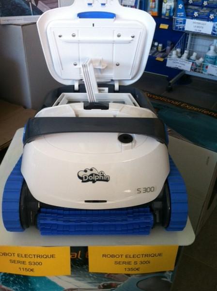 Les derniers robots de chez maytronics les robots de for Robot piscine maytronics