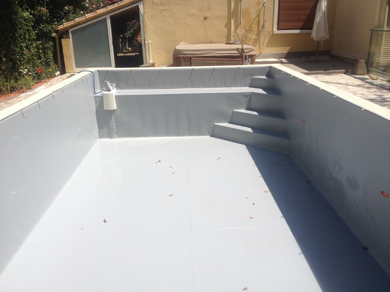 Modification d 39 une piscine ollioules cr ation d 39 une for Etancheite piscine beton