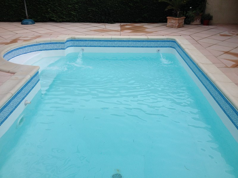 Remplacement d 39 un liner par un pvc arm r novation de for Piscine en pvc arme