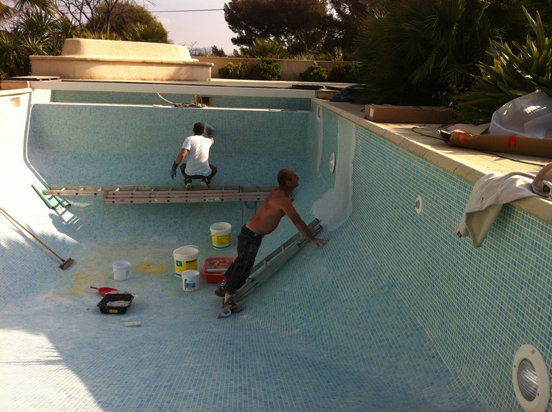 R novation des joints piscine b ton sur sanary for Joint liner piscine