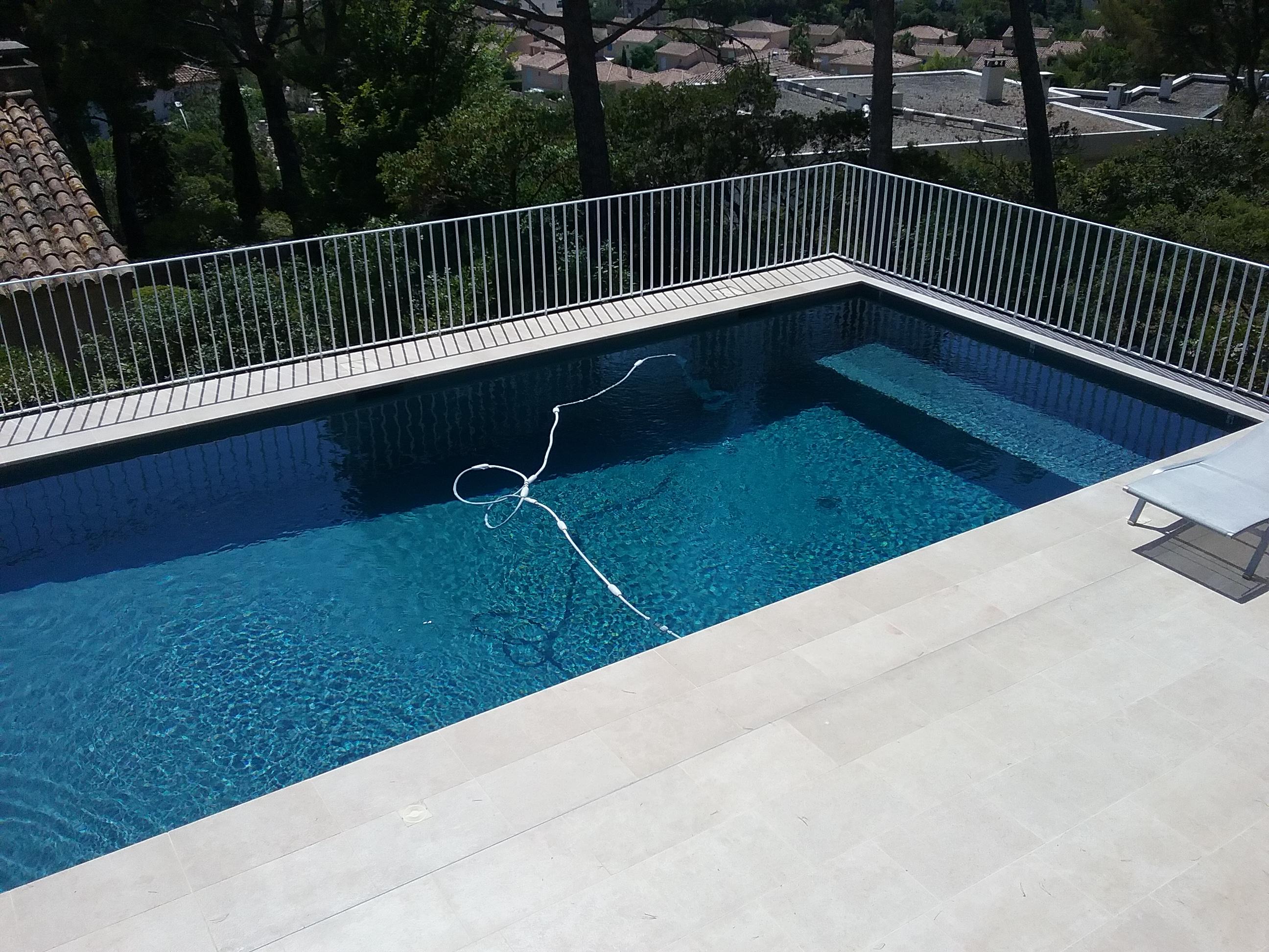 une piscine b ton grise anthracite marseille 8 me
