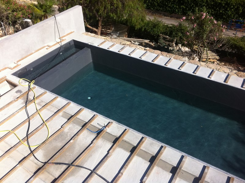 Couloir gris anthracite les derni res id es for Piscine hors sol gris anthracite
